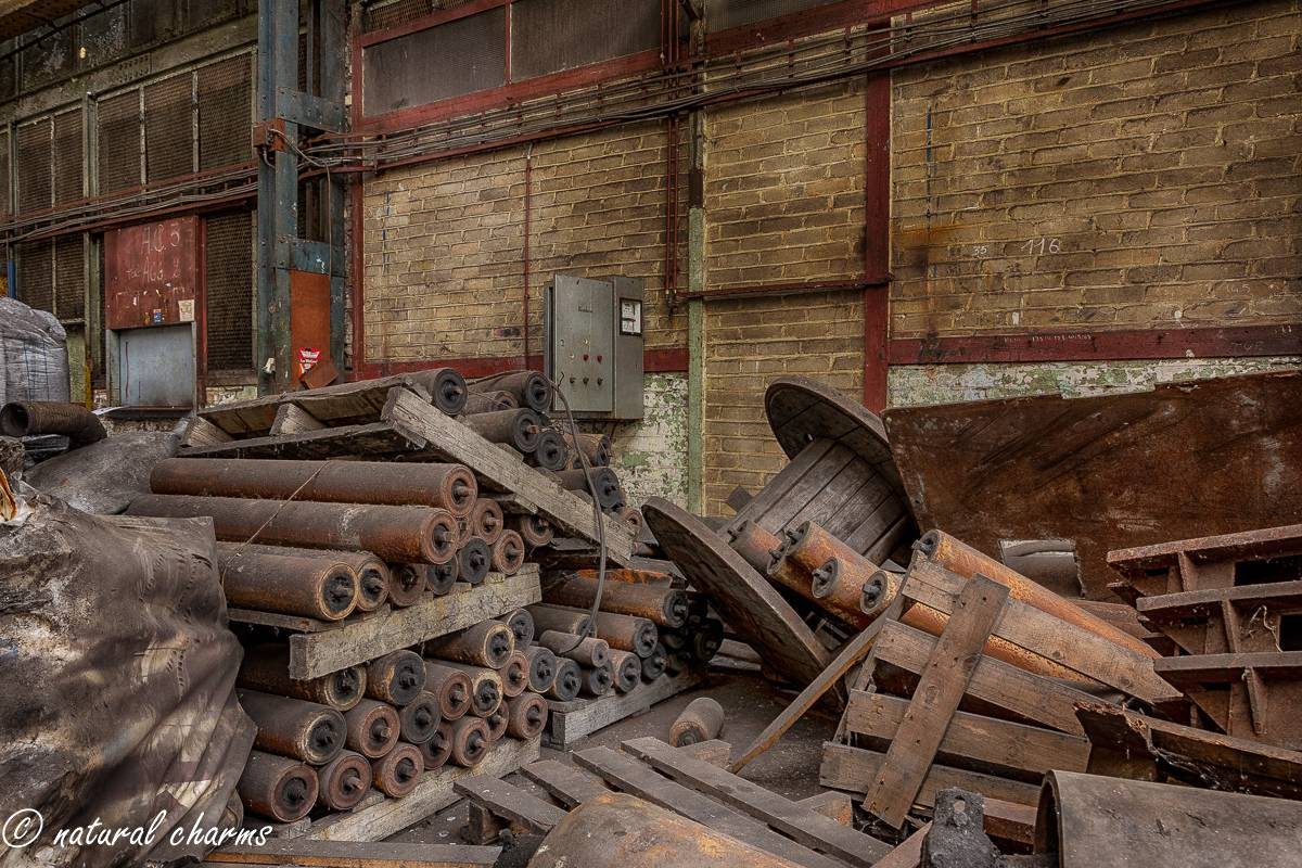 naturalcharms-oldcharms-urbex-fotografie-industrie-orange factory blue tower-11-2