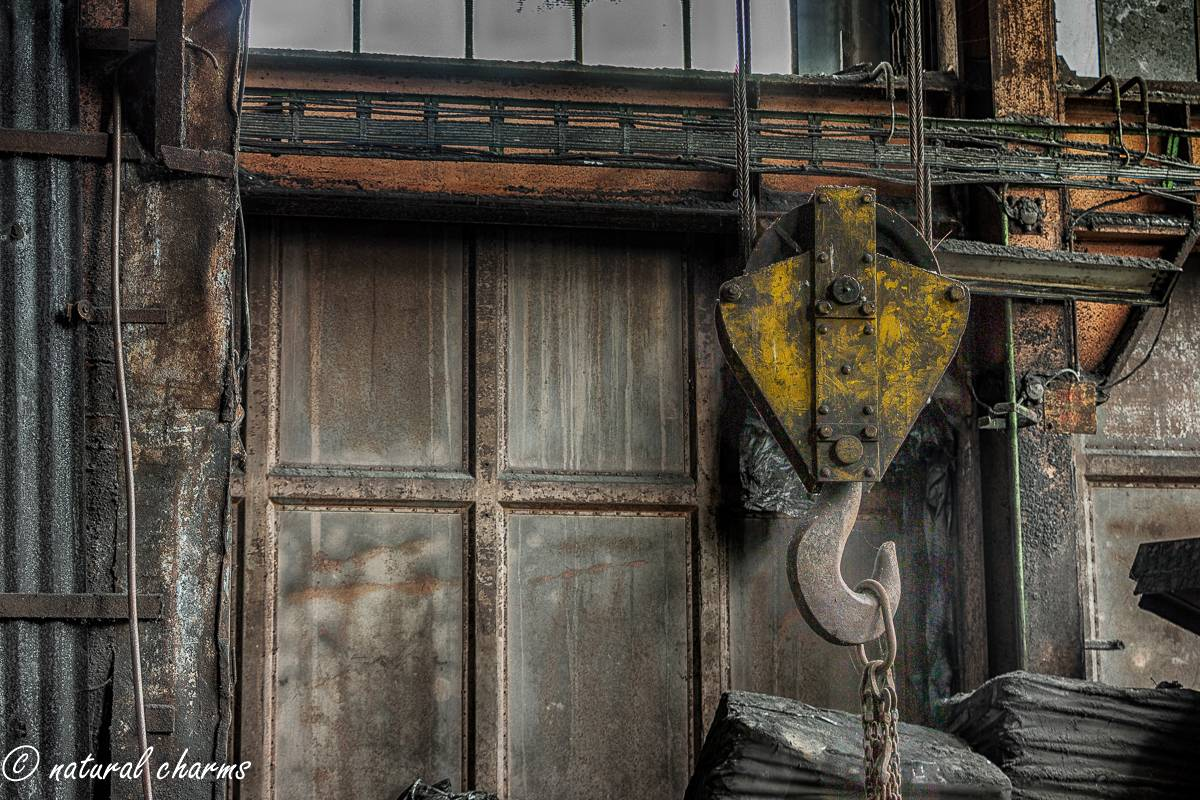 naturalcharms-oldcharms-urbex-fotografie-industrie-orange factory blue tower-4-2