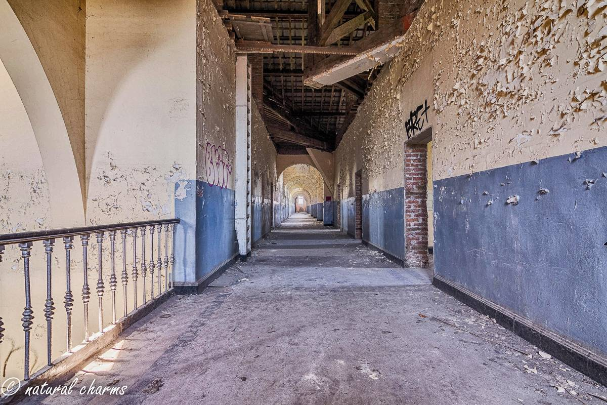 naturalcharms-oldcharms-urbex-Prison H11-22