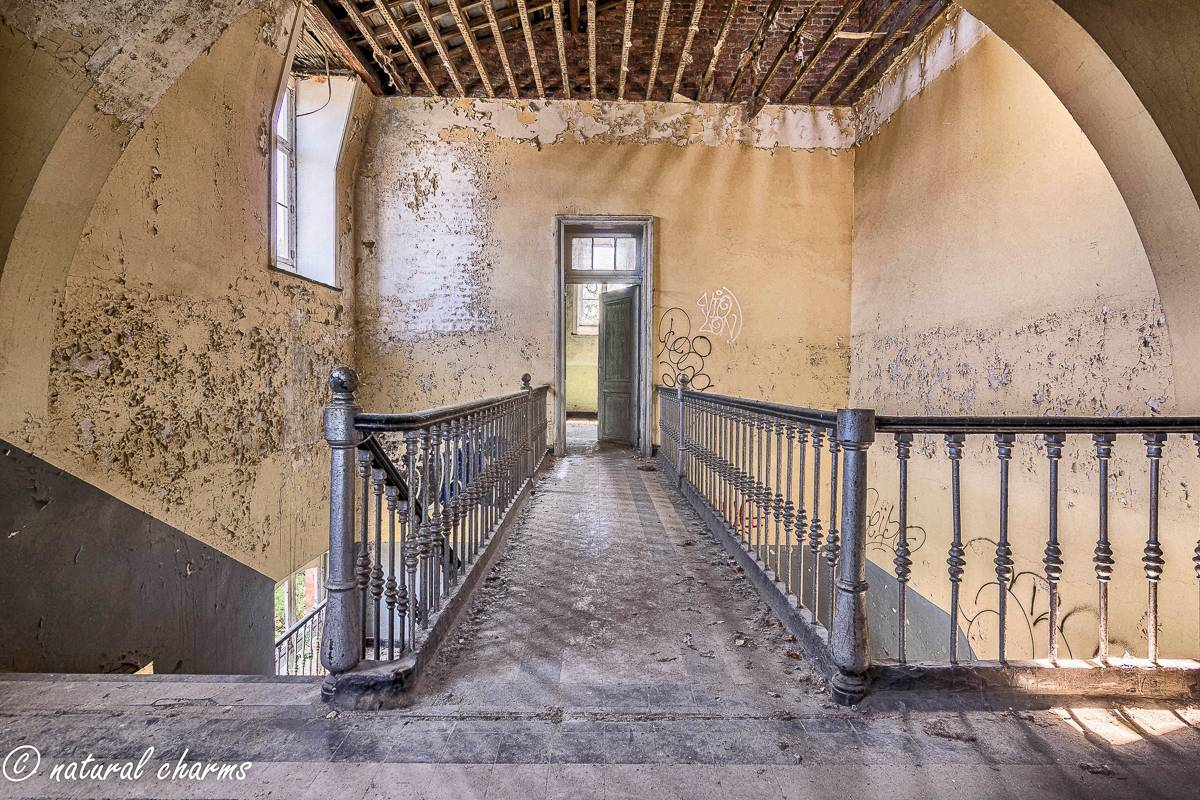 naturalcharms-oldcharms-urbex-Prison H11-8